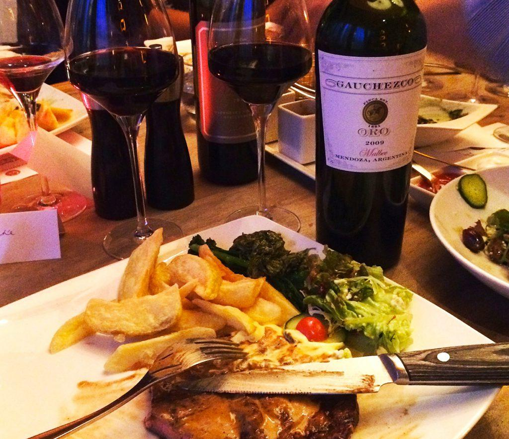 Красное вино к стейку