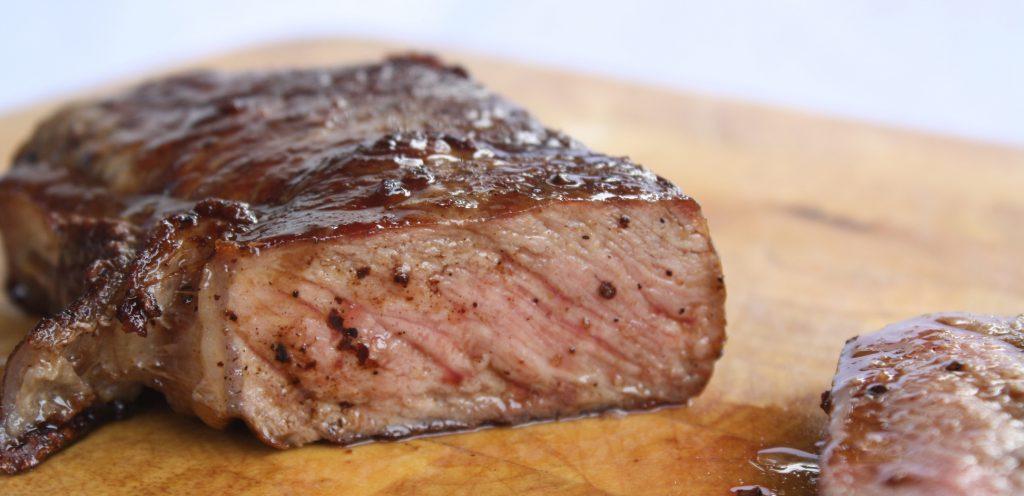 Степени прожарки стейков из говядины, свинины: 7 видов