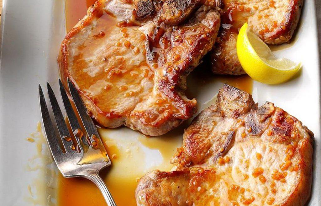 Стейк свиной с медом и лимоном