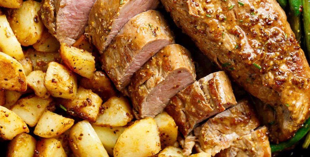 Свиная вырезка с картошкой