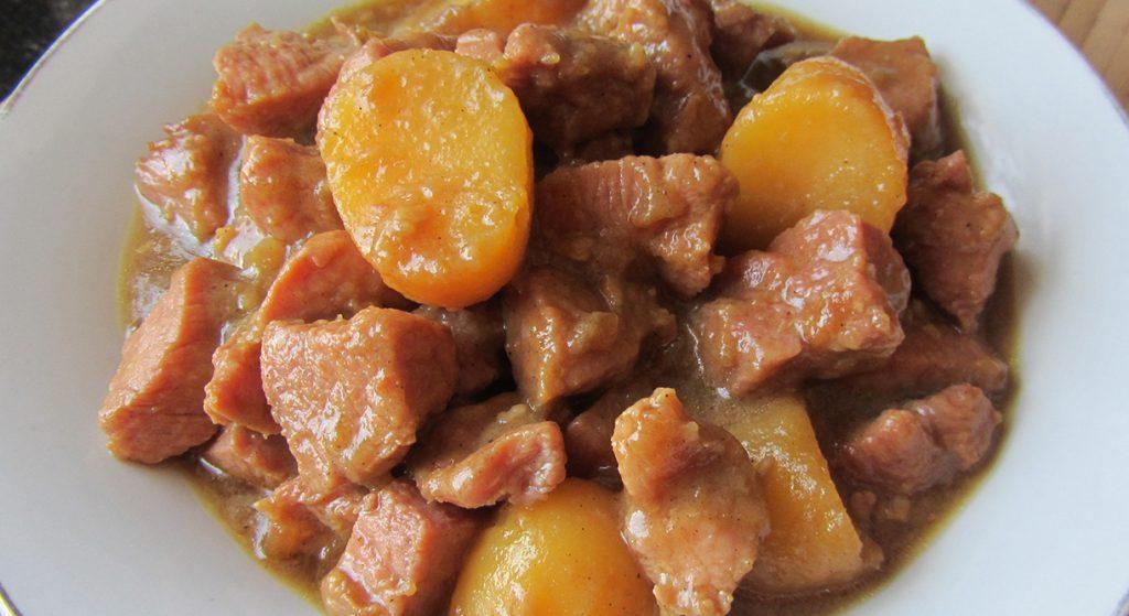 Азу со свининой и картофелем