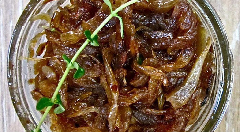 Маринад на основе лука и соевого соуса для антрекота