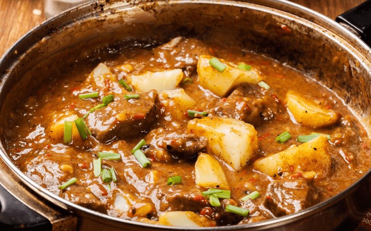Азу из говядины с картофелем