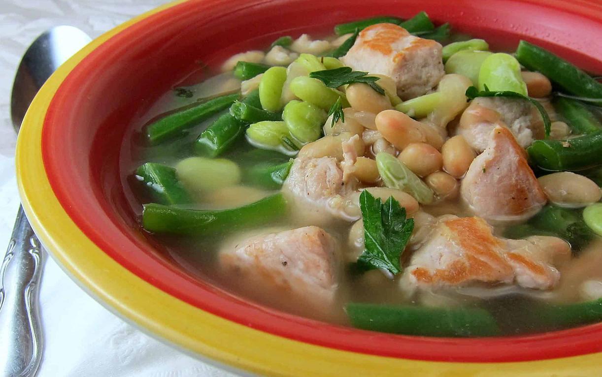 Суп с карбонадом и фасолью
