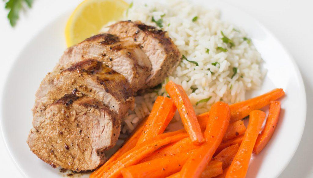 Свиной карбонад с рисом