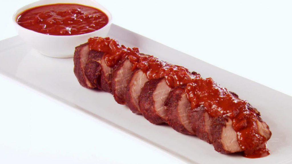 Свиной карбонад с томатным соусом