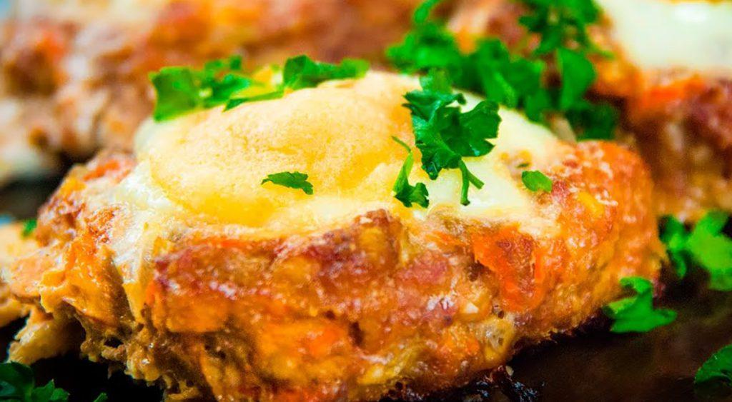 """Рецепт приготовления """"лодочка"""" с яйцом"""