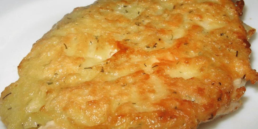 Отбивные из свинины на сковороде в кляре с сыром