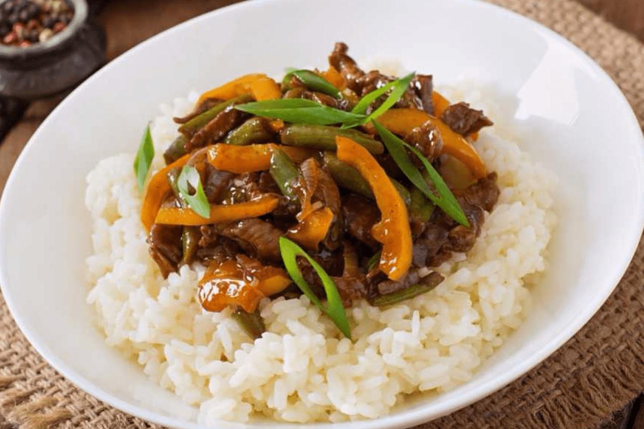 Мясо по-тайски с болгарским перцем