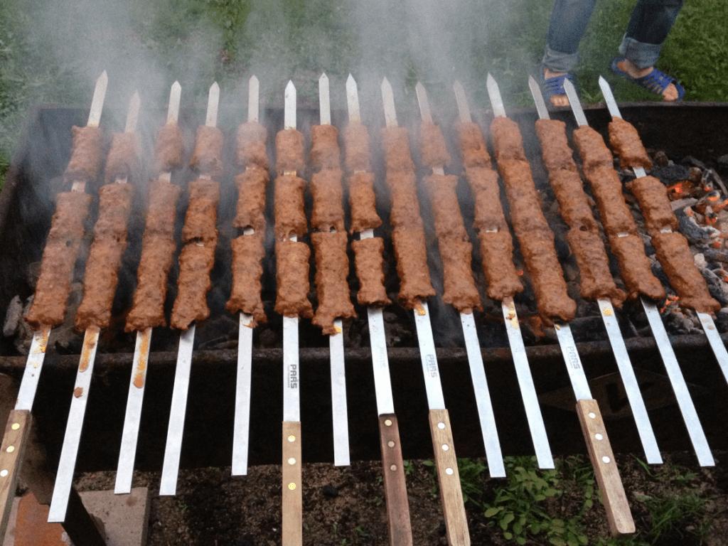 Люля кебаб на мангале фото