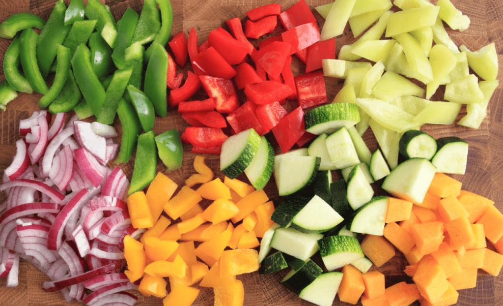 Как резать овощи для рагу