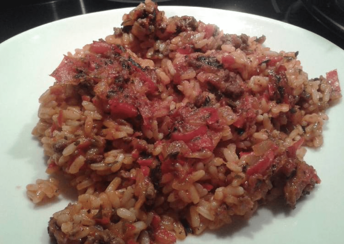Рис с мясом в духовке с овощами